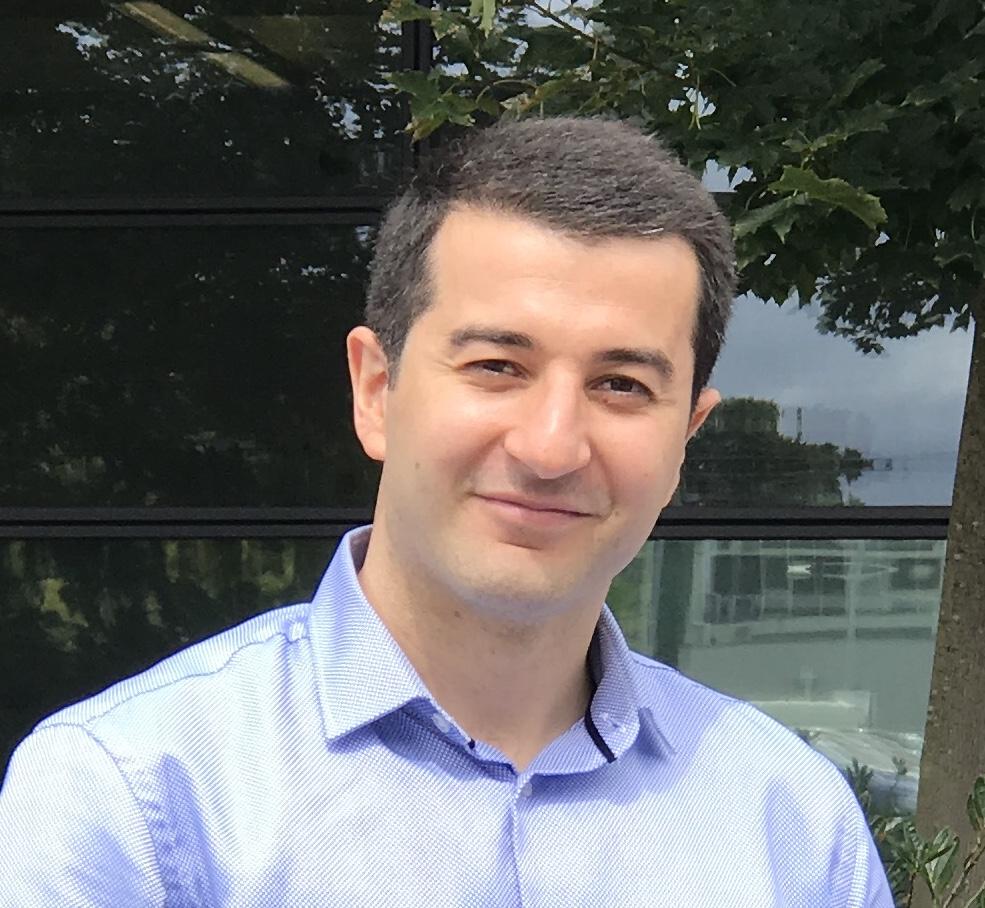 Dr Numan Celik